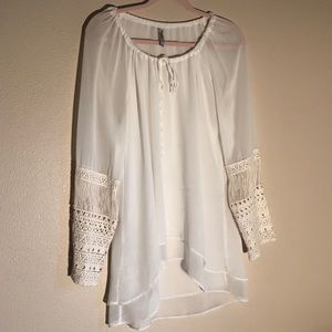 MIILLA Blouse with Cricheted Sleebes Boho Chic L
